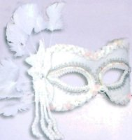 MASK MASQUERADE WHITE W/ FEATHERS