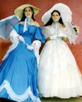 Southern Belle Costume, Size 9 SM-MD Creme