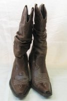 BROWN COW GIRL BOOTS, size 8